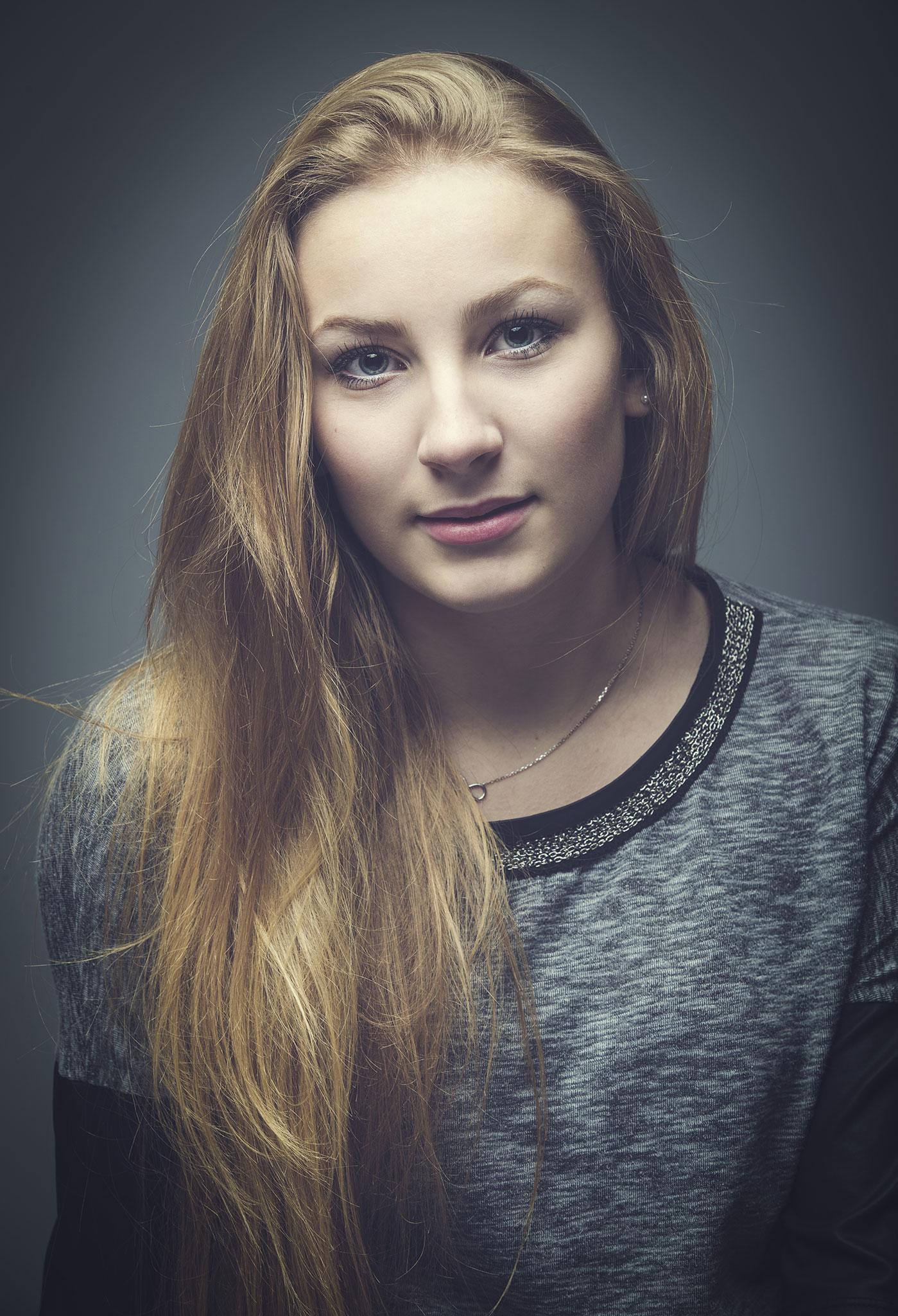 Anaïs - 17 ans - Bac pro service hôtellerie